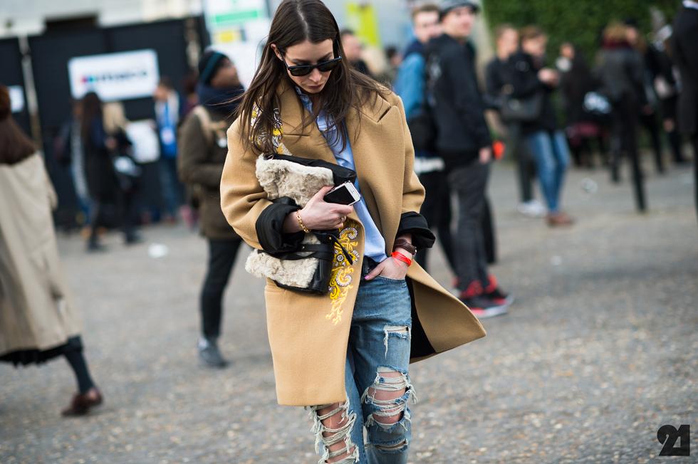 7341-Le-21eme-Adam-Katz-Sinding-Irina-Lakicevic-Vodafone-London-Fashion-Week-Fall-Winter-2014-2015_AKS8106